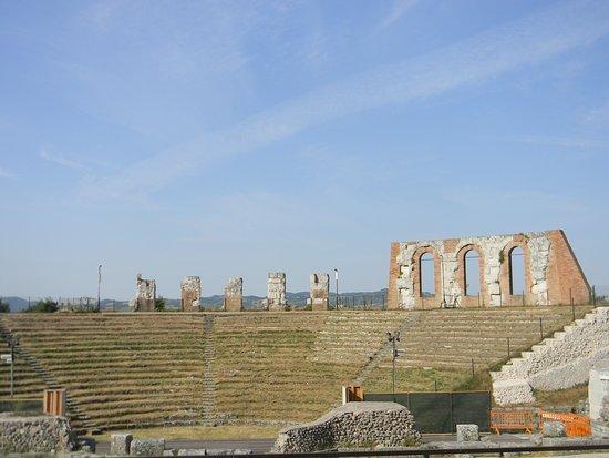 Gubbio, Italie : Teatro Romano