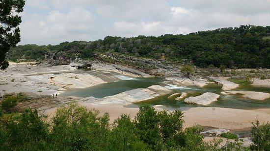 จอห์นสันซิตี, เท็กซัส: Upper half of falls area.