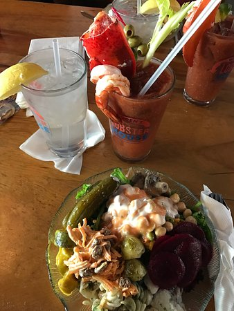 Kittery, ME: Some of the great things at Warren's Lobster House