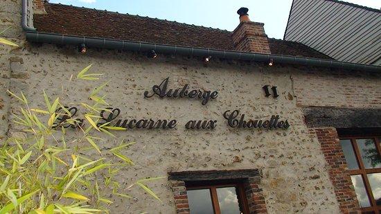 Villeneuve-sur-Yonne, فرنسا: A VILLENEUVE sur YONNE