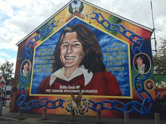 Bobby sands picture of belfast famous black taxi tours for Bobby sands mural