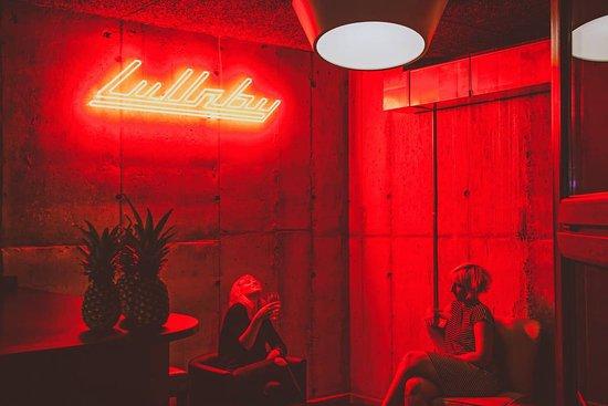 Lullaby Pub