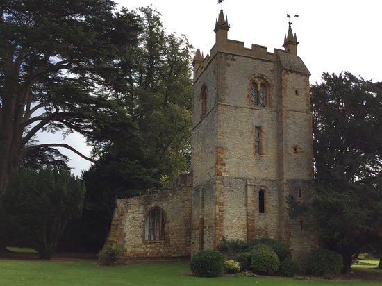 Alderminster, UK: Chapel in grounds