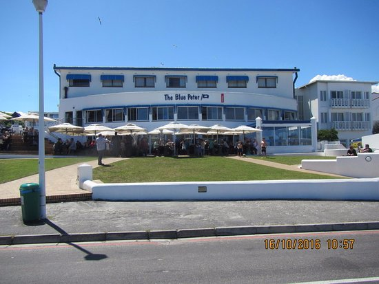 Bloubergstrand Beach: The famous watering hole -Blue Peter Hotel