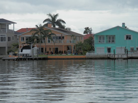 Madeira Beach: colorful homes on the Bay