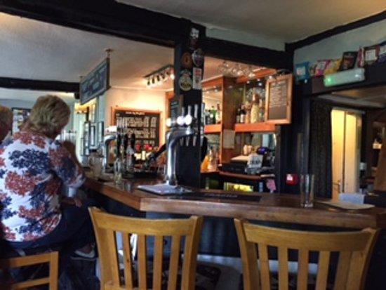 The Broom Tavern : The Bar