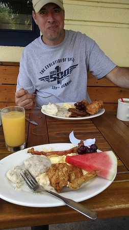 Breakfast Of Champions Picture Of Stanley S Kitchen And