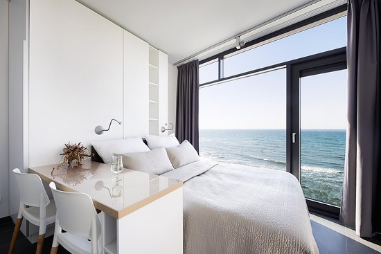 Ustronie Morskie, Polandia: Standard - sea view from your bed