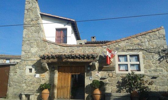 Villardiegua de la Ribera, สเปน: Vista exterior de la Posada Real