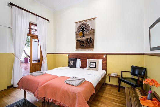 GUBAS DE HOEK meet eat sleep: Comfort room 2
