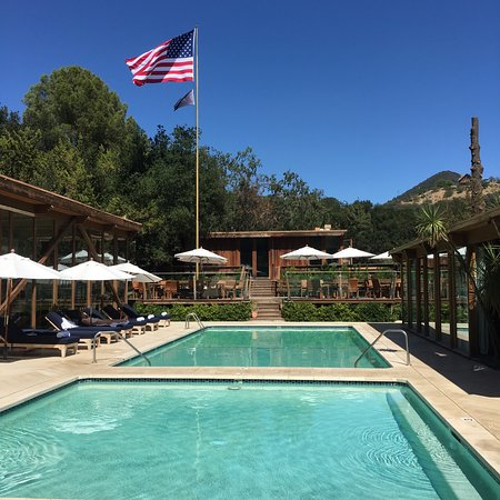 Calamigos Guest Ranch and Beach Club: Our own private pool
