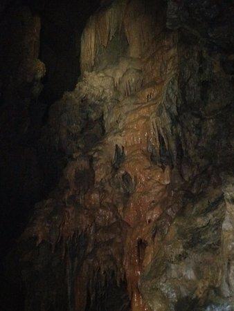 Roznava, Eslováquia: The mighty drip stone-1