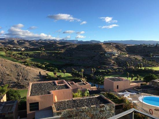 Mychloe picture of salobre golf resort villas for Villas salobre golf
