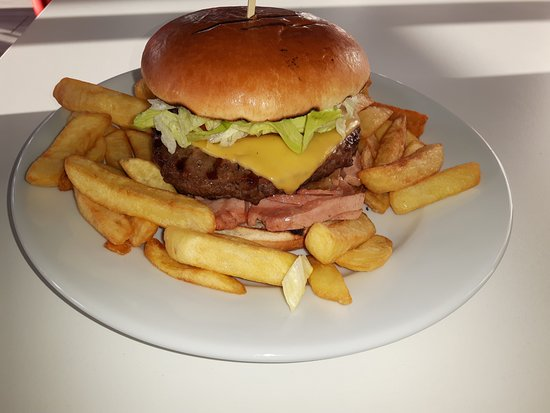 Gillingham, UK: Yummy, You know you want one!