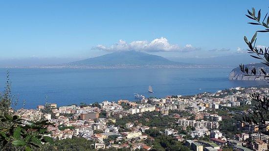 Casarufolo Paradise: Vesuvius