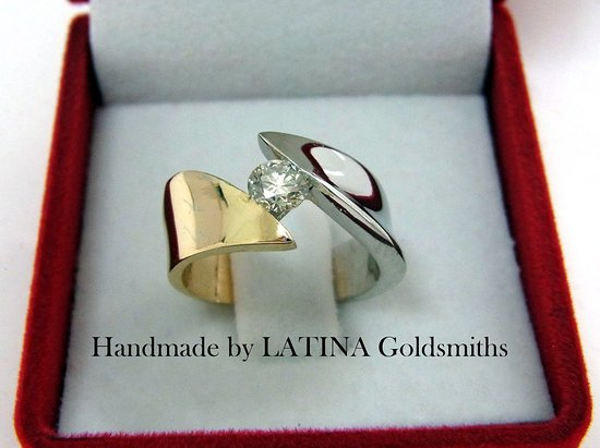 Latina Goldsmith Photo