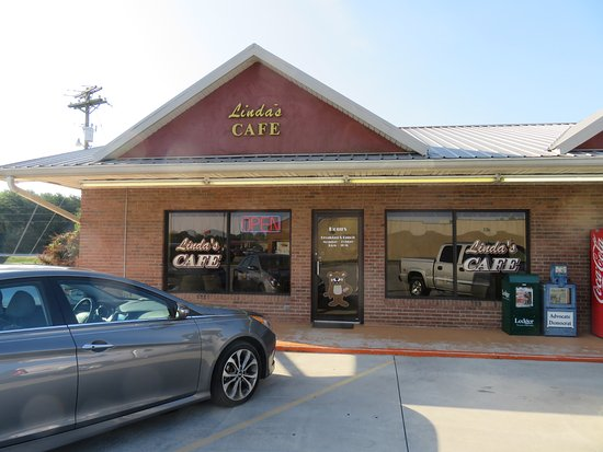Exterior - Linda's Cafe in Madisonville TN