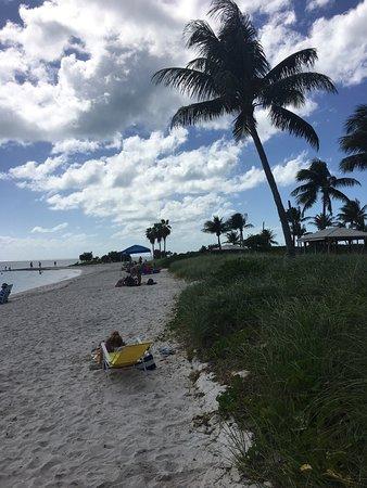 Sombrero Beach: photo1.jpg