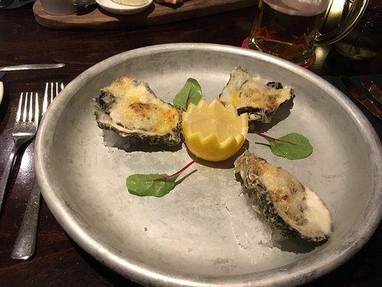 Westkapelle, Países Bajos: Oysters gratinated and fish plate. Amazing food, very good service. Hope to come back again. A+