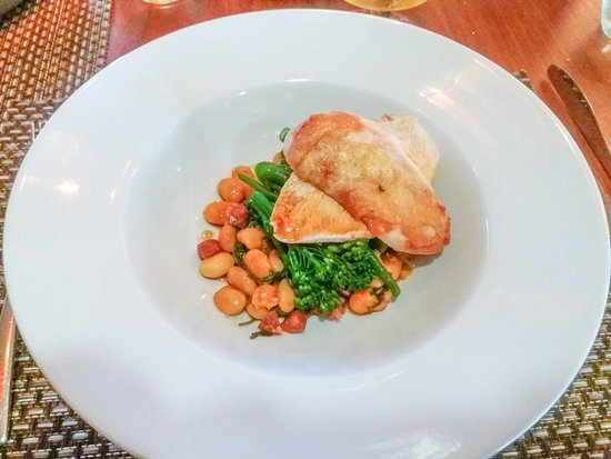 Casa Hotel: Pan Fried Chicken