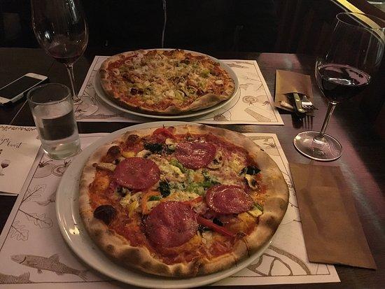 houtoven pizza bezorgen amsterdam