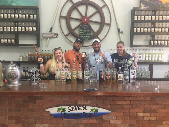 George Town, Grand Cayman: We came to Cayman Spirits Co. Distillery while on a cruise. All of the liquors are FANTASTIC. We