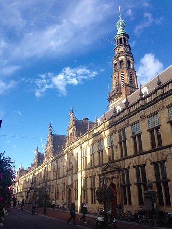 het Stadhuis van Leiden uit 1596