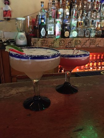 Hacienda Mexican Restaurant: Best margaritas 🍸🍹🌮🌯🍤🌶🌽
