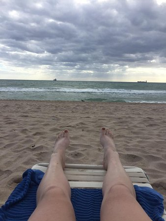 Fort Lauderdale Beach: Cloudy day after Matthew came by.