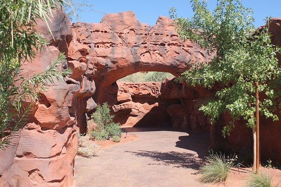 سانت جورج, Utah: Fun walkway - slot canyon