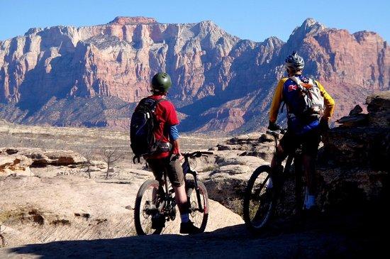Hurricane, UT: Riders on Guacamole Mesa near Virgin Utah