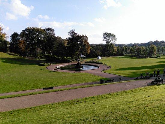 Престон, UK: Fontaine dans le parc