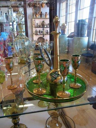 Clarkdale, AZ: glassware copper trim