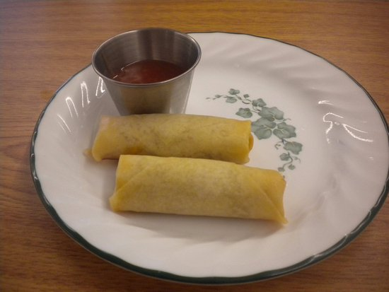 Oxford, MS: Spring rolls [free with lunch special]
