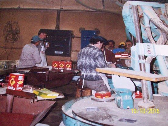 San Antonio, الأرجنتين: Empaquetado de la yerba, que incluso, se exporta a Oriente.