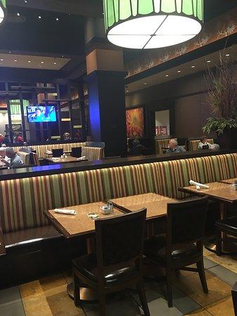 Restaurants gun lake casino