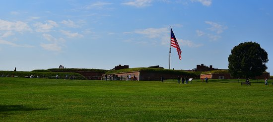 Fort McHenry National Monument