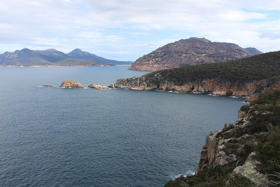 Coles Bay, Australia: View from Cape Tourville Lighthouse