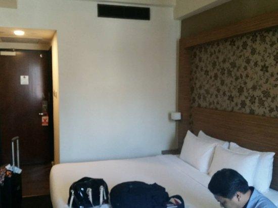 Strand Hotel: cozy room