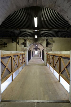 Barrage Vauban: Lower passageway.