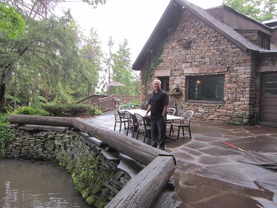 Seven Springs, Pensilvania: Outdoor dining available