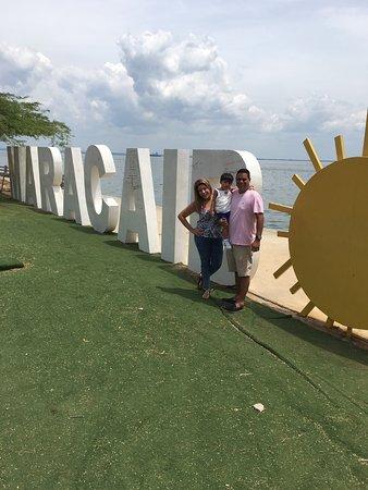 Sobre el lago picture of la vereda del lago maracaibo maracaibo