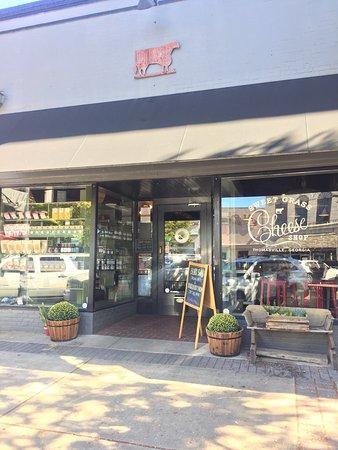 Thomasville, جورجيا: Sweet Grass Dairy Cheese Shop