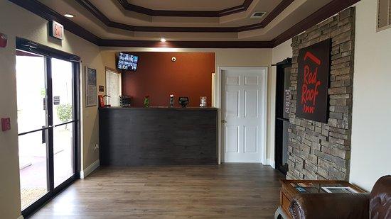 Red Roof Inn U0026 Suites Pensacola   NAS Corry