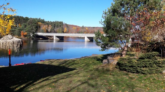 Oxtongue Lake, Canada: Algonquin Lakeside Inn