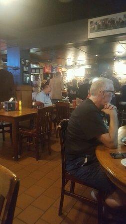 Minisink Hills, PA: bar area