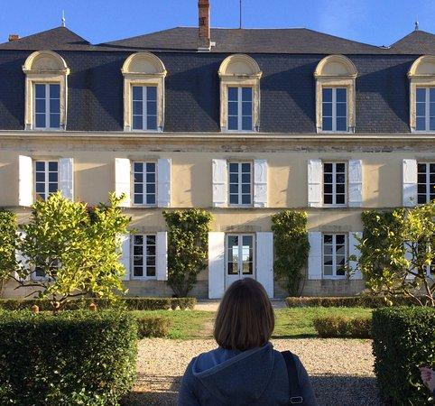 Sauternes, Francja: Chateau Guiraud exterior