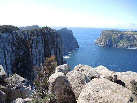 Port Arthur, Australia: Magnificent views all the way - Cape Pillar and Tasman Island