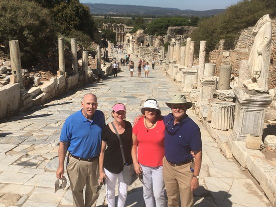 Ephesus Travel Guide - Private Ephesus Tours: Standing in the center of Ephesus 3. So glad he helped avoid crowds. Wow!