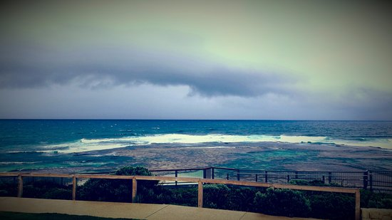 Prevelly, Australia: Surfers Point on a stormy day